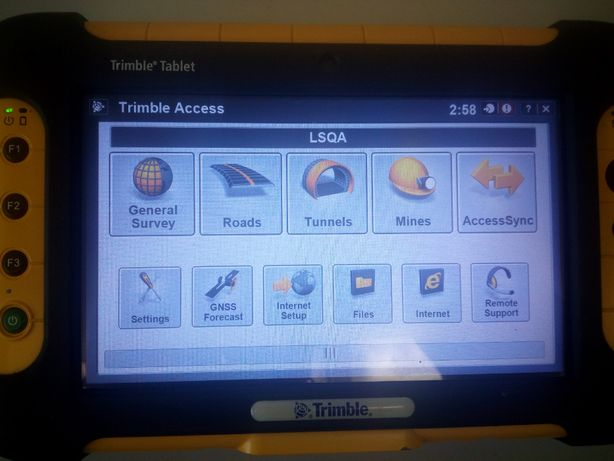 Tablet Trimble Yuma z Trimble ACCES, Trimble SCS900