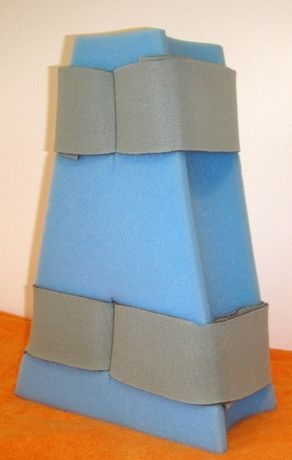 Klin rehabilitacyjny, poduszka stabilizująca, rozpórka nóg