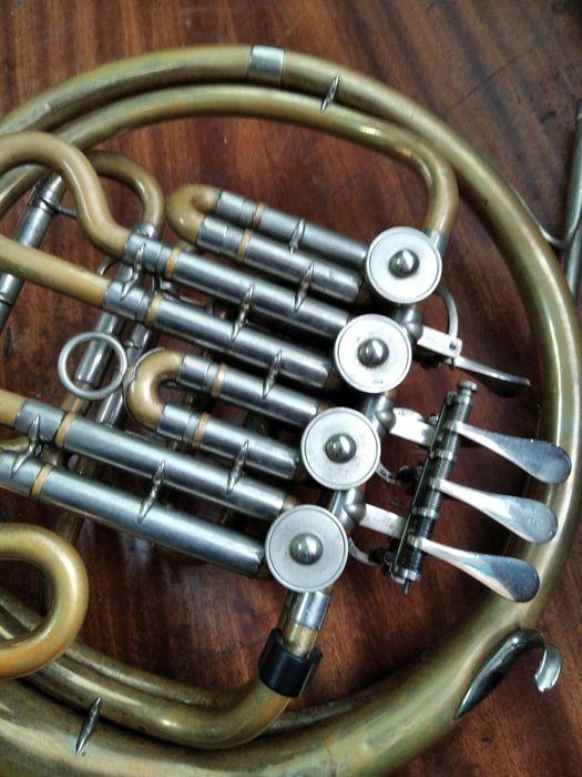 Валторна ,, Weltkland solist'', инструмент в пользовании-5лет, Киев - изображение 1