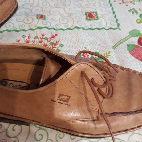 Sapato da marca fluchos