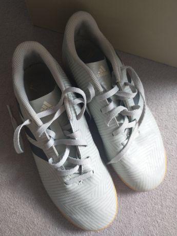 Buty Adidas halowe 37 i 1/3