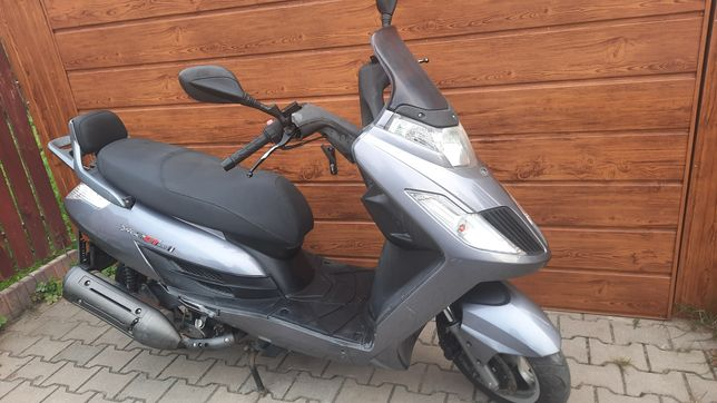Kymco New Dink 200