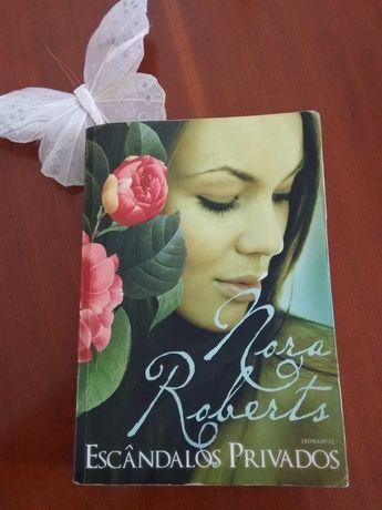 Livro Nora Roberts Escândalos Privados.