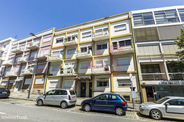 Apartamento T2+1 no centro de Guimarães
