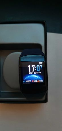 Smartwatch Q3 como novo