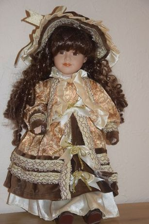 Porcelanowa lalka, gradka dla kolekcjonera
