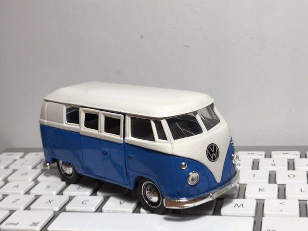 Volkswagen ogórek Microbus 1962 WELLY autko zabawka auto