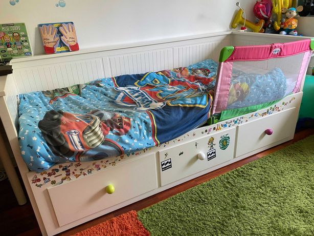 Cama Individual - HEMNES IKEA + 2 Colchões