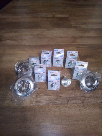 Продам 3 точечных светильникаHL 750MR16 и 8 ламп галогеных  MR16