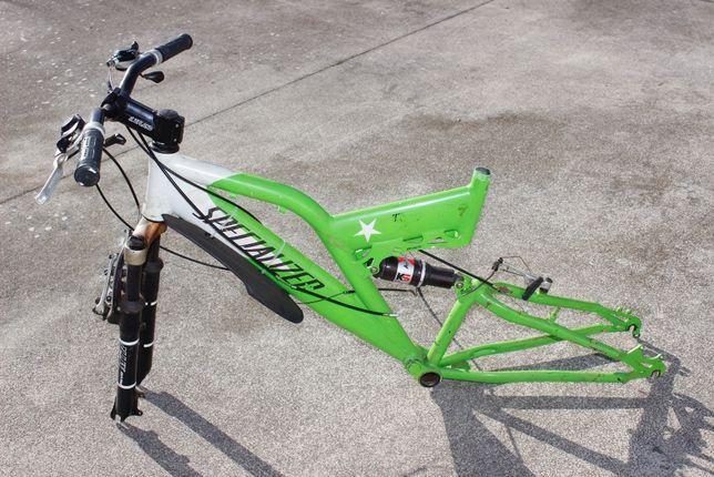 Bicicleta / Quadro / Volante / Suspensão - SPECIALIZER - Btt - Verde