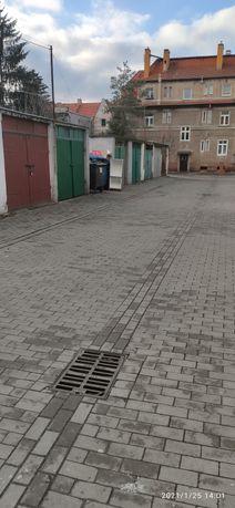 Garaż w centrum Legnicy