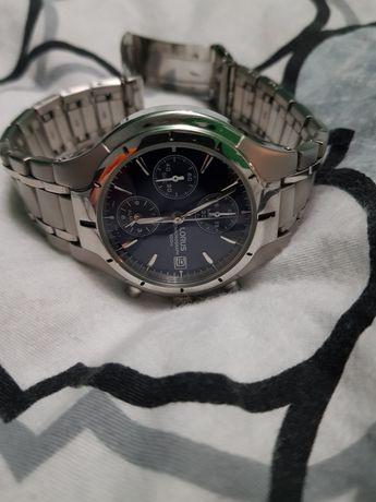 Zegarek Lorus z bransoletą