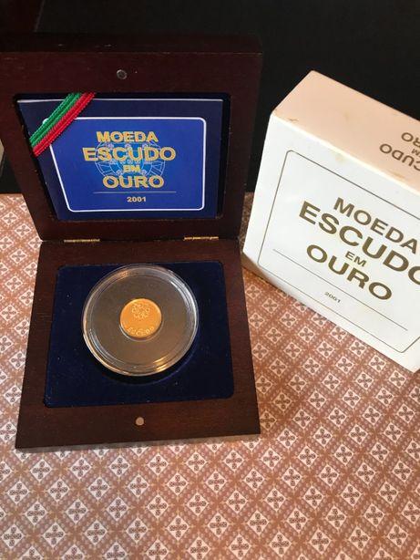 """Moeda """"Escudo em Ouro de 2001"""" - Esgotado na INCM"""