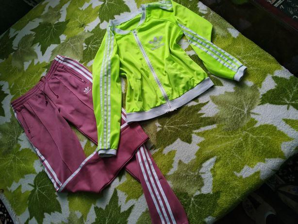 Спортивні штани і кофта спортивна
