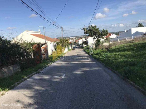 Vende-se lote de terreno p/ moradia, Bairro Alentejano, Q...