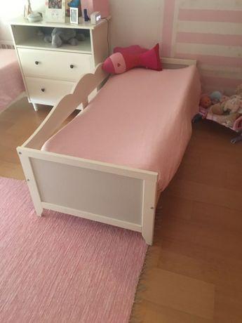 Camas criança Ikea com colchão