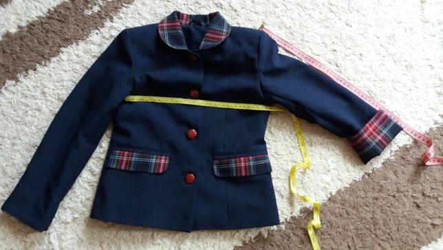 Щкольная форма - пиджак, сарафан, юбка