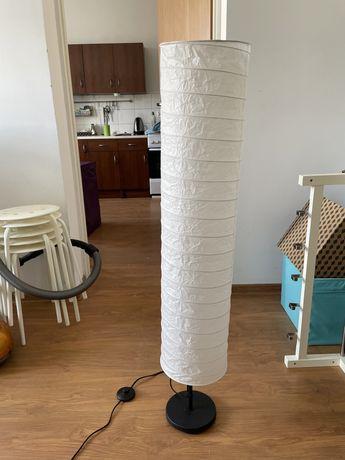 Lampa podłogowa Ikea papierowa