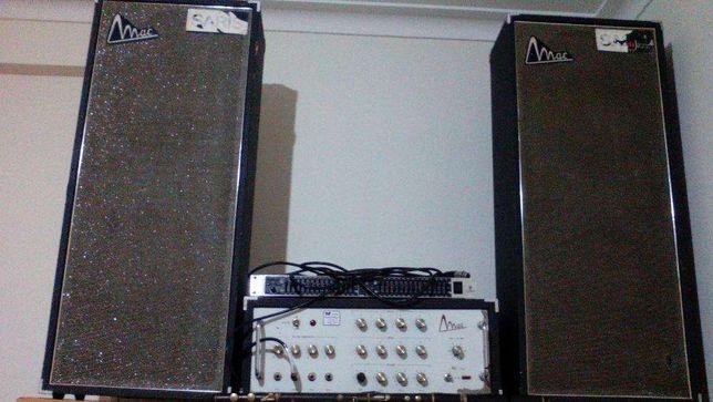 Amplificador e colunas Mac 4 C A56' a válvulas 4 canais.