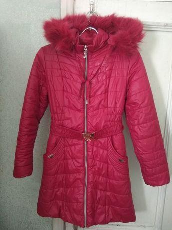 Продам пальто на синтепоне