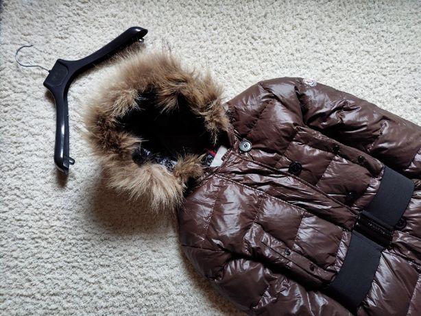 Продам отличный оригинальный женский пуховик Moncler lucie куртка то