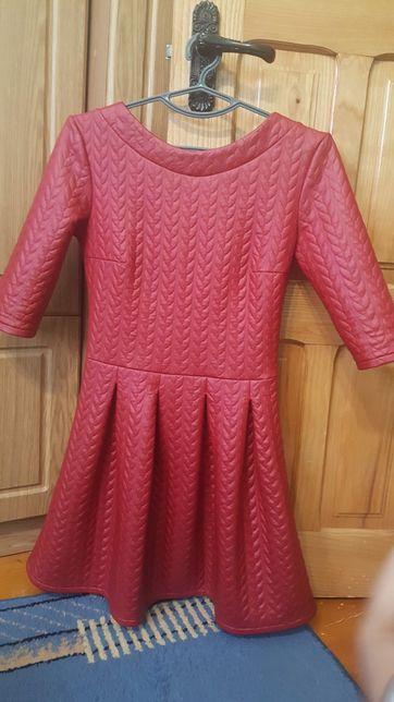 Плаття, платья красное