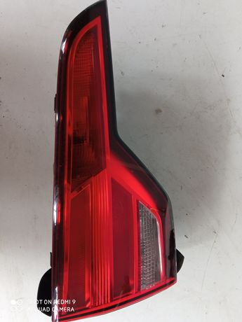 Lampa tył lewa w klapę Audi A4B9
