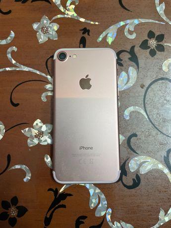 Iphone 7 32gb,почти как новый