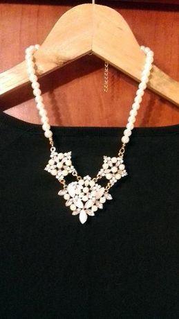 piękny naszyjnik kremowo biały perełki, szkło