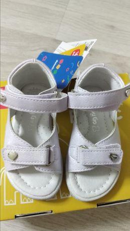Детские сандалии Basic