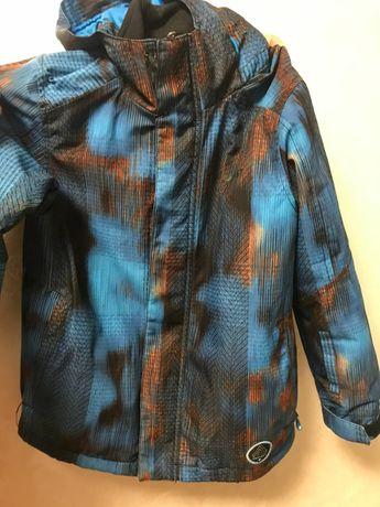 Продаю курточку на мальчика