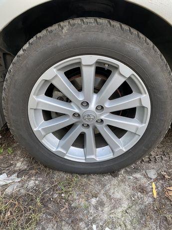 Комплект дисков с зимней резиной Toyota Venza