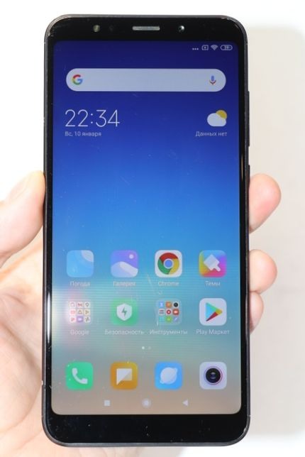 Xiaomi Redmi 5 Plus 3/32GB Black, хорошее состояние! наложка