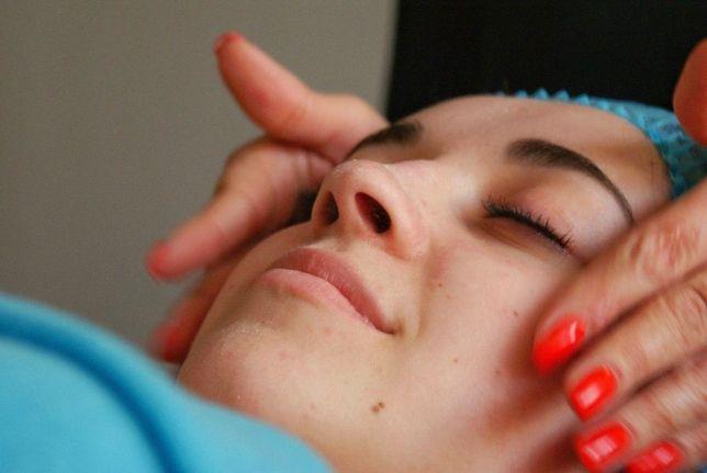 Массаж лица и все виды массажа для женщин. Позняки