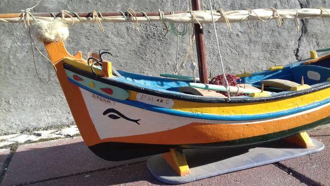 Barco Antigo Artesanal