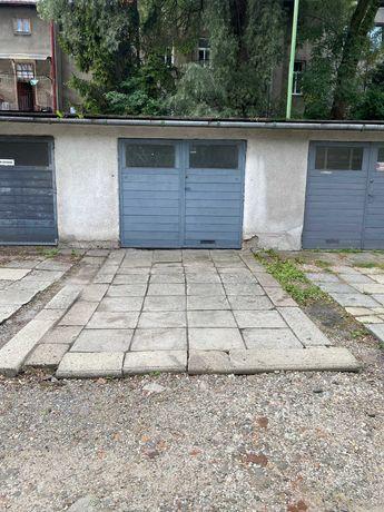 Sprzedam garaż w centrum Cieszyna