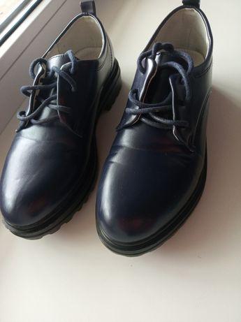 Туфли на девочку зенден 34р