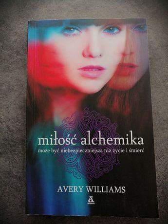 Miłość alchemika Avery Williams książka