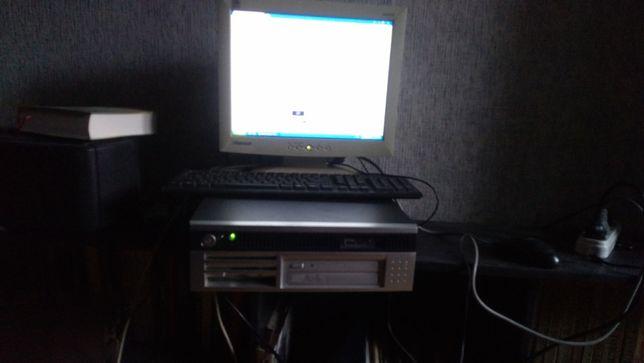 Компьютер недорого, с монитором