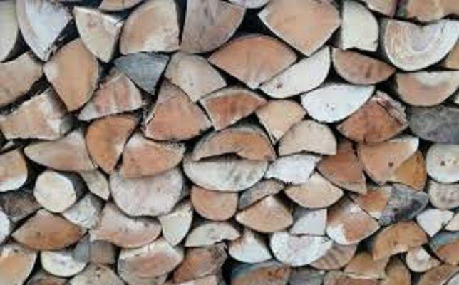 Porąbane, grube klocki-sezonowane drewno kominkowe-opałowe,