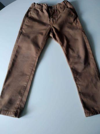 Spędzam spodnie chłopięce Reserved 116