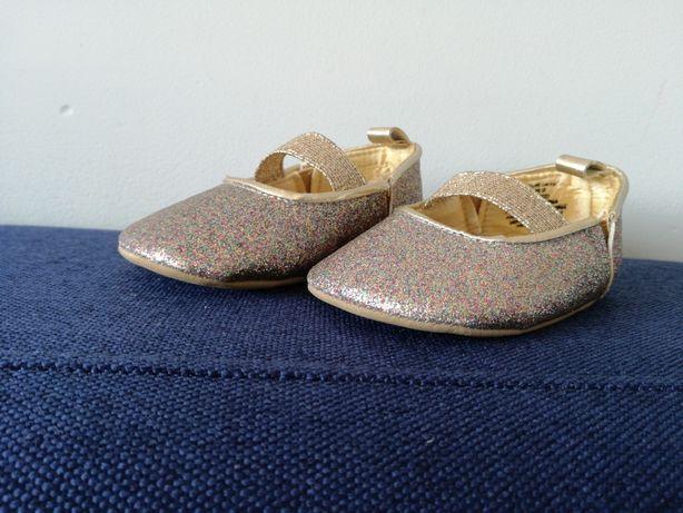 Buciki baletki niechodki H&M