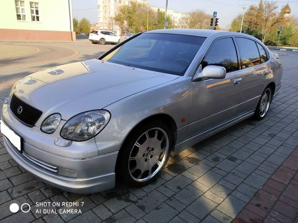 Продам Lexus GS 300 2000
