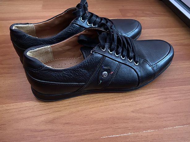 Шкіряні туфлі/мокасини стан ІДЕАЛЬНИЙ