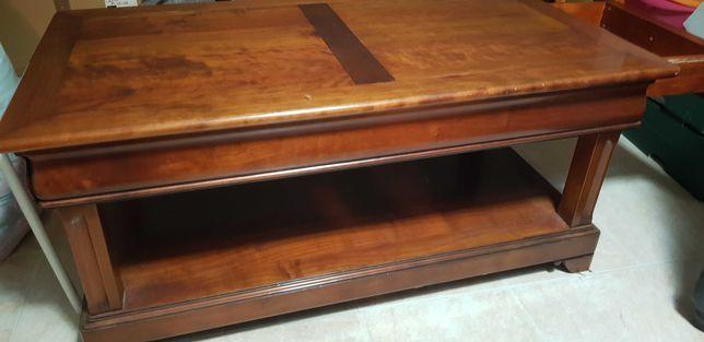 Mesa de centro em mogno com 2 gavetas, usado em bom estado.
