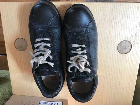Sapatos CAMPER em PELE