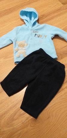 Cieplutki i mięciutki komplecik z polarku dla chłopca na 68cm