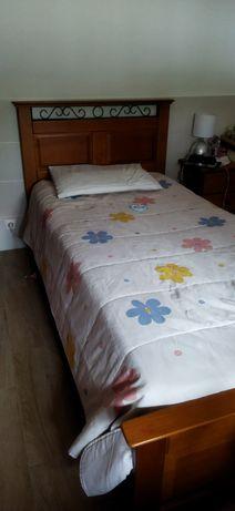 Mobília de quarto cerejeira