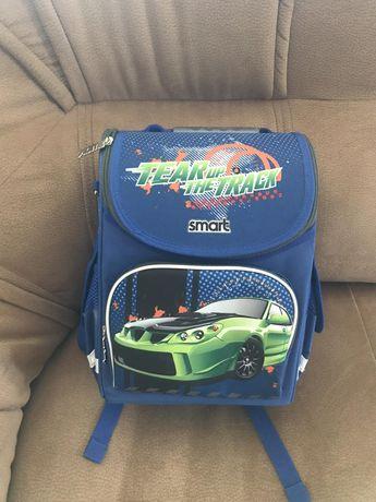 Школьный рюкзак  мальчуковый