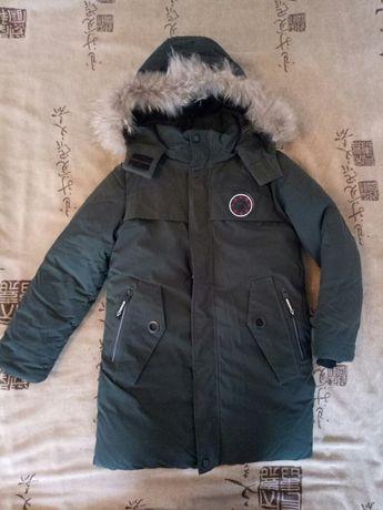 Зимняя курточка на мальчика 9-11 лет